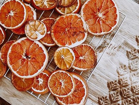 DIY: Dried Orange Garland