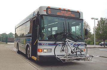 Laketranbus with bike on rack.jpg
