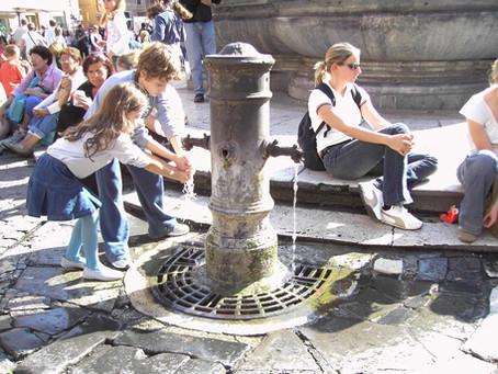 Fountains: Rome´s eternal HAPPY HOUR!