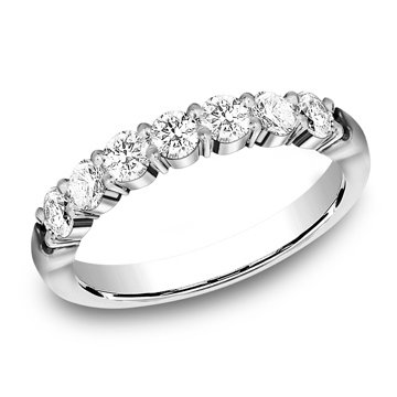 .77 ctw shared prong diamond band