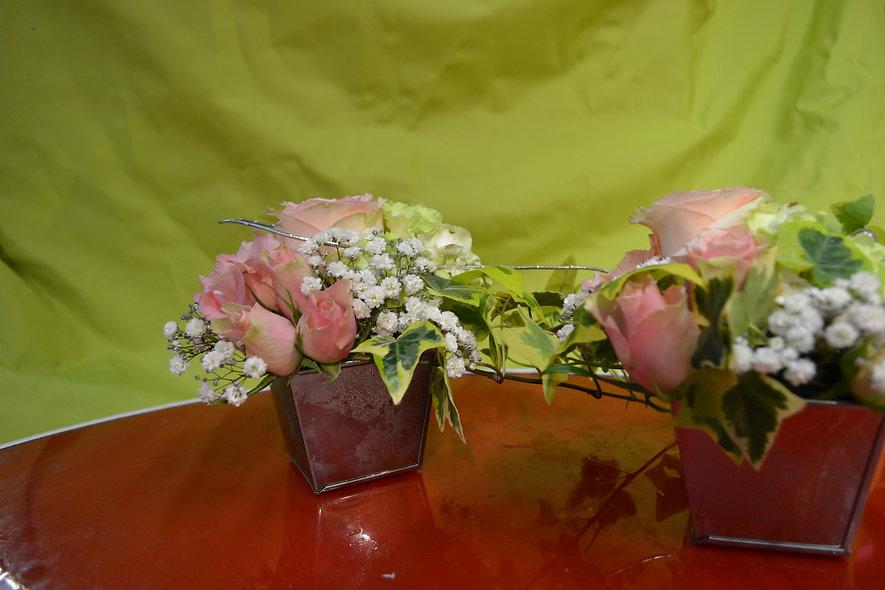Décorations de table roses et gypso