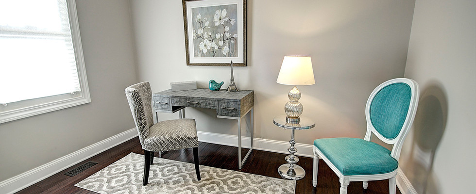 Office in Palatine designed by MRM Home Design.jpg