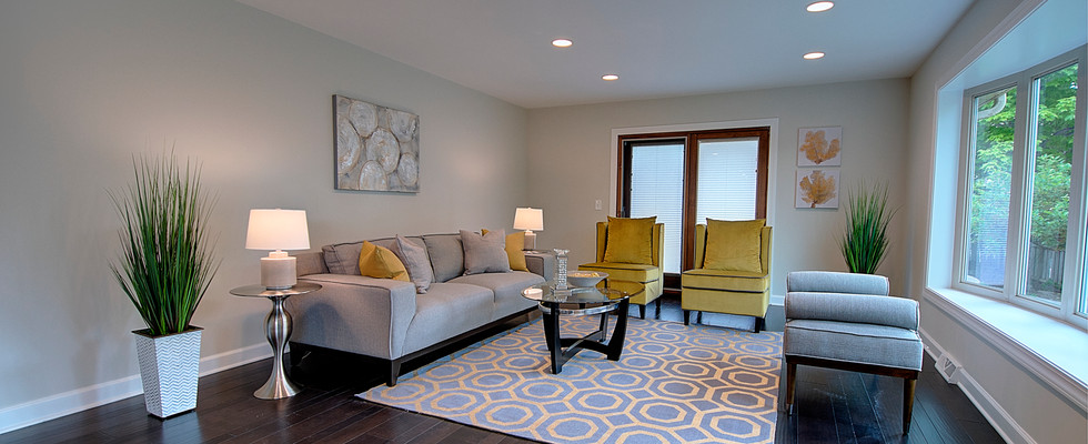 Living Room in Hinsdale designed by MRM Home Design.jpg