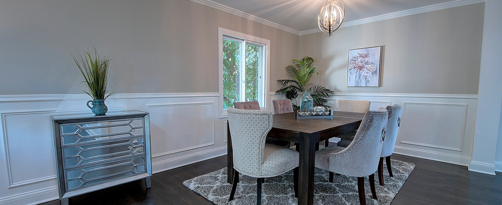 Dining Room in Hinsdale designed by MRM Home Design.jpg