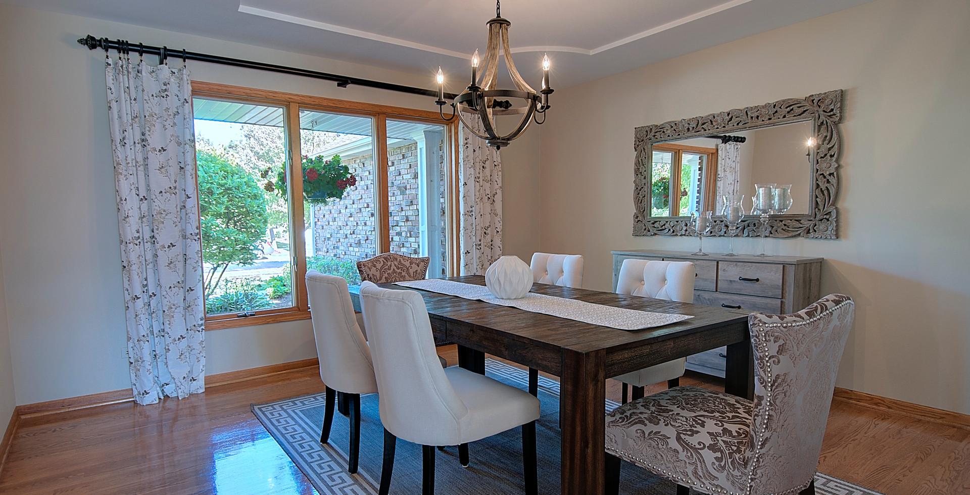 Dining Room in Willowbrook designed by MRM Home Design.jpg