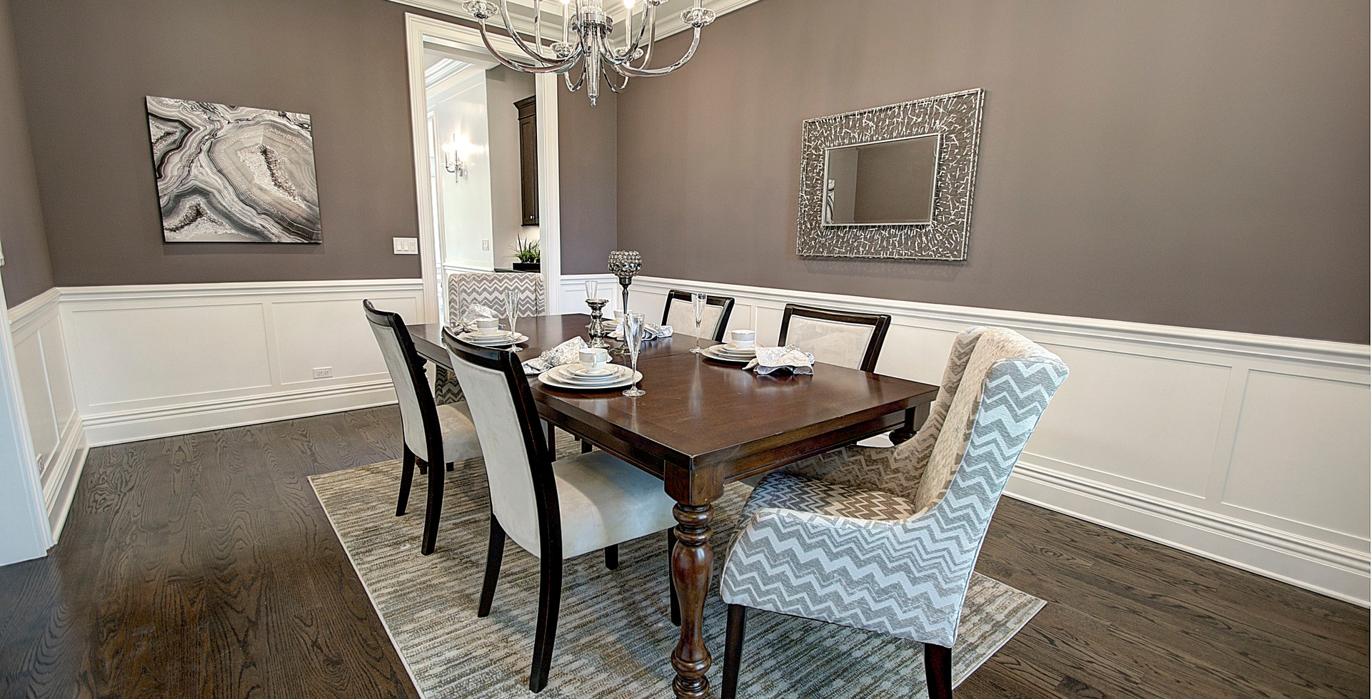 Dining Room in Elmhurst designed by MRM Home Design.jpg