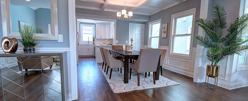 Dining Room in Wilmette designed by MRM Home Design.jpg