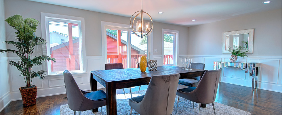 Dining Room in Northbrook designed by MRM Home Design.jpg