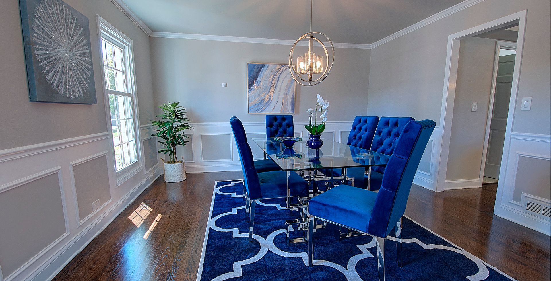 Dining Room in Lisle designed by MRM Home Design.jpg