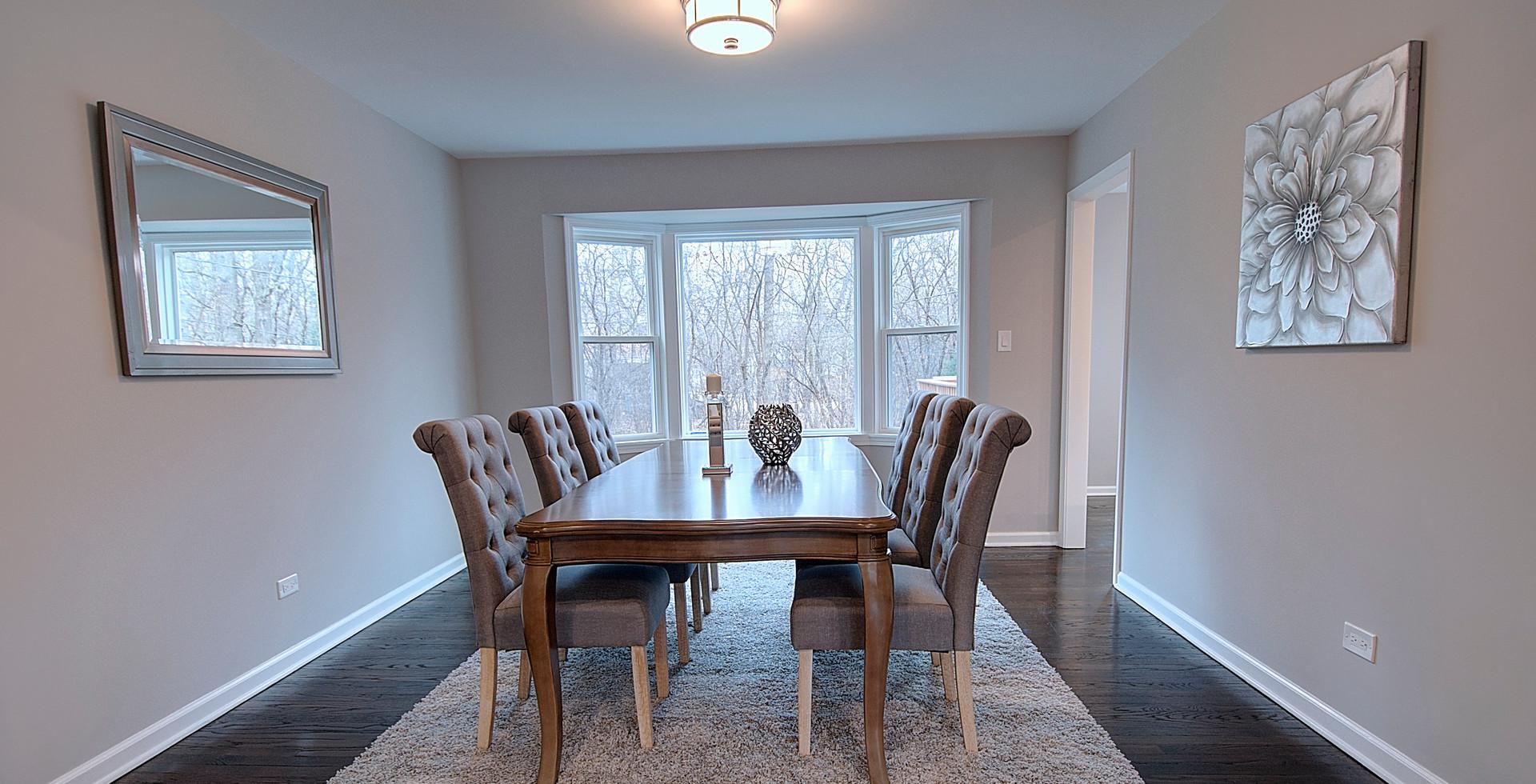 Dining Room in Winnetka designed by MRM Home Design.jpg