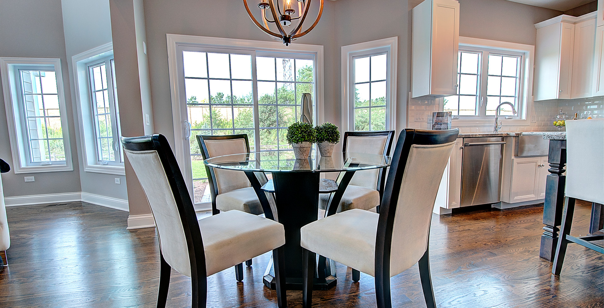 Dining Room in Wauconda designed by MRM Home Design.jpg