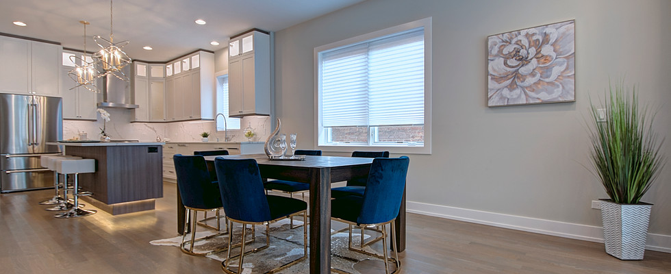Dining Room in Chicago designed by MRM Home Design