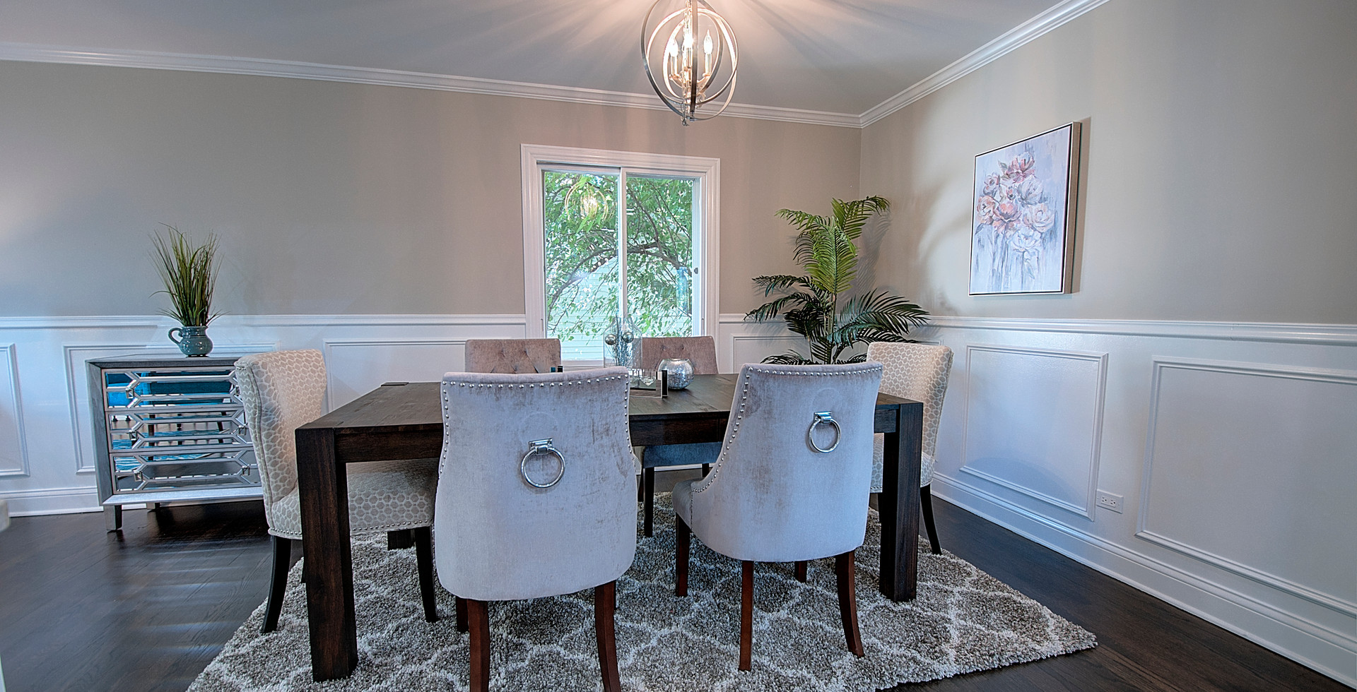Dining Room in Burr Ridge designed by MRM Home Design.jpg