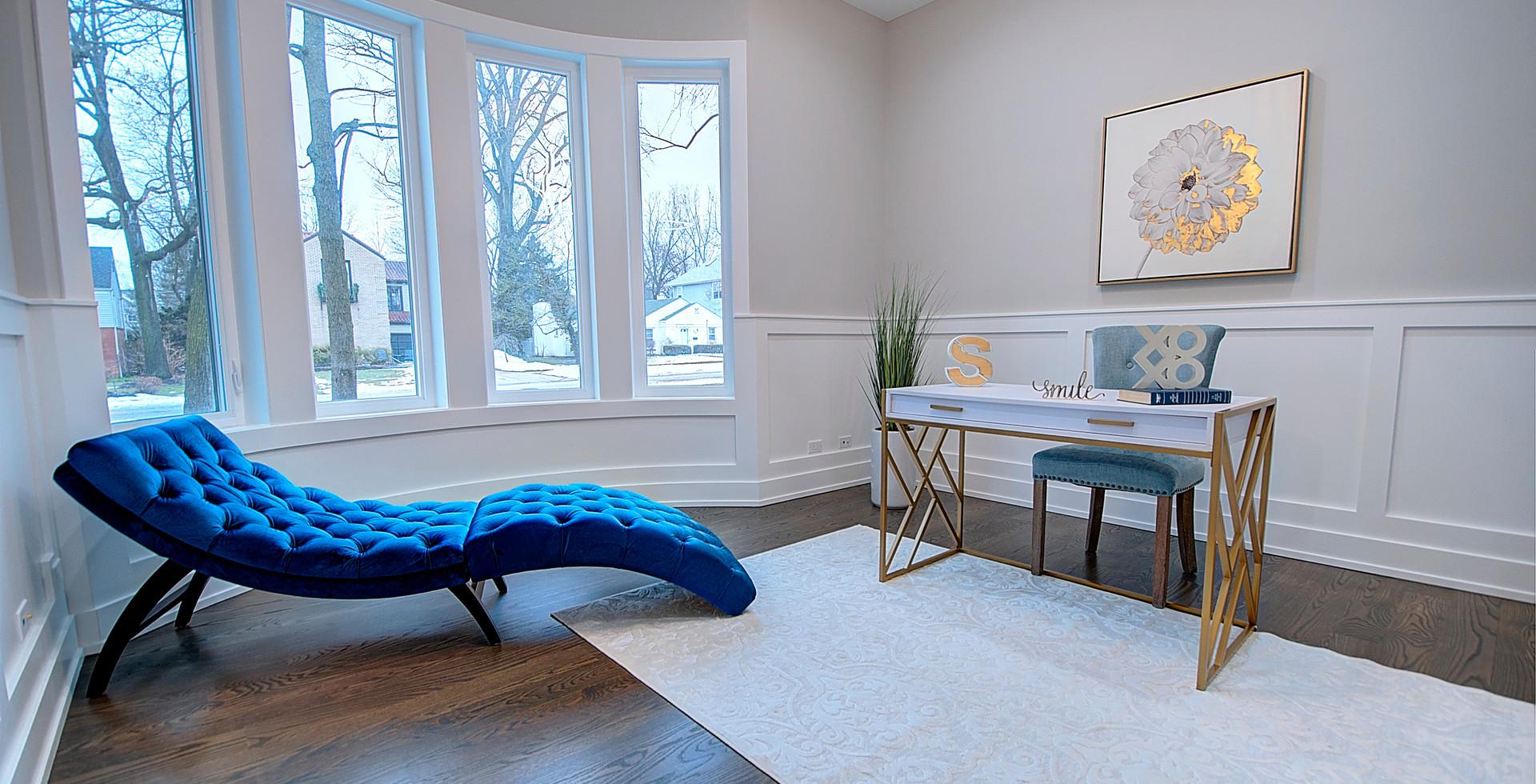 Lounge in Elmhurst designed by MRM Home Design.jpg
