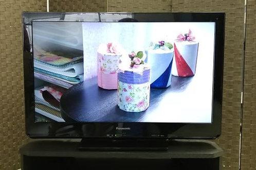 Panasonic 32型 液晶テレビ *リモコン市販品、へこみあり