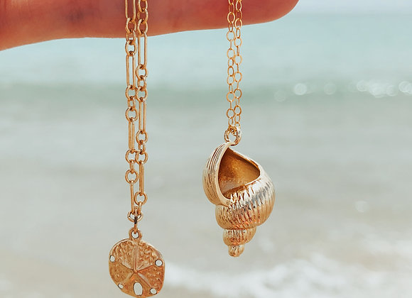 Crown Conch Necklace