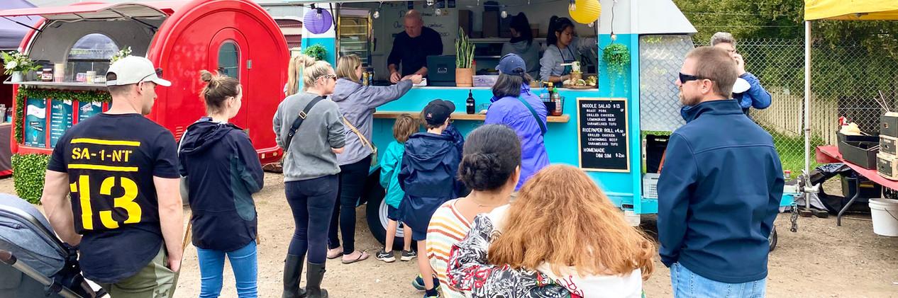 Food Trucks Moorooduc Station Market