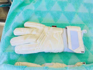 How to care for your Goalkeeper Gloves playing on 3G Pitches
