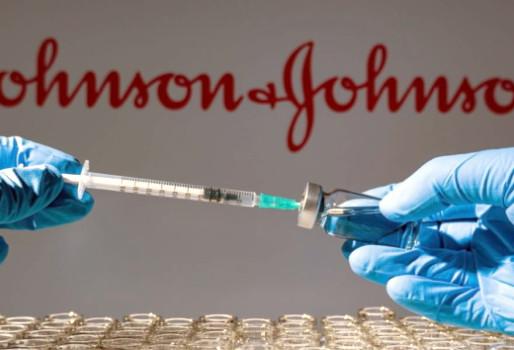 Εξετάζεται η πιθανότητα ενισχυτικής δόσης για όσους έχουν κάνει το μονοδοσικό της Johnson & Johnson