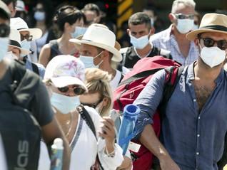 """Φουντώνει η πανδημία, στερεύουν οι ΜΕΘ Covid-Έκτακτο σχέδιο του Υπ. Υγείας """"επιστρατεύει"""" ιδιώτες"""