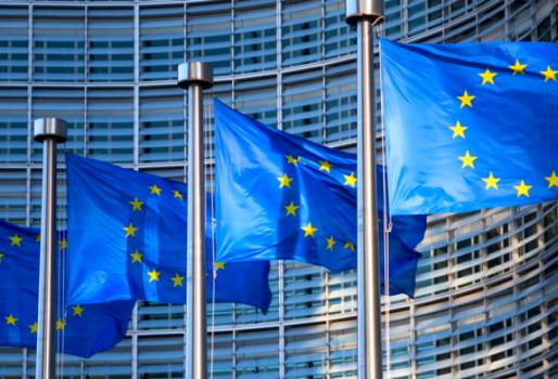 Ευρωκοινοβούλιο: Τι ζητά για το ετήσιο πιστοποιητικό COVID-19