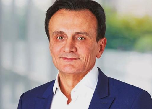 """Πασκάλ Σοριό της AstraZeneca, το """"πουλέν"""" των CEO της βιομηχανίας-Τώρα κάθεται σε """"ηλεκτρική καρέκλα"""