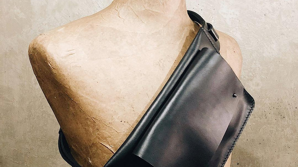 Slim leather belt bag