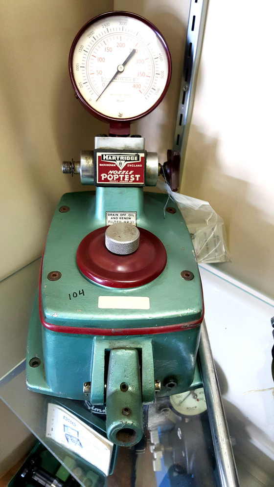 Hartridge nozzle tester.