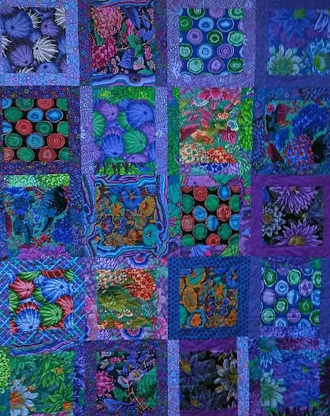 Apple Basket Quilting did the longarm qu