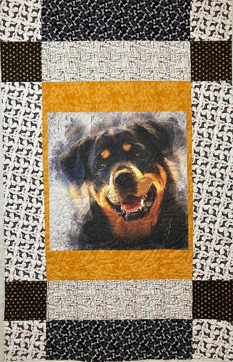 dog quilt.JPEG