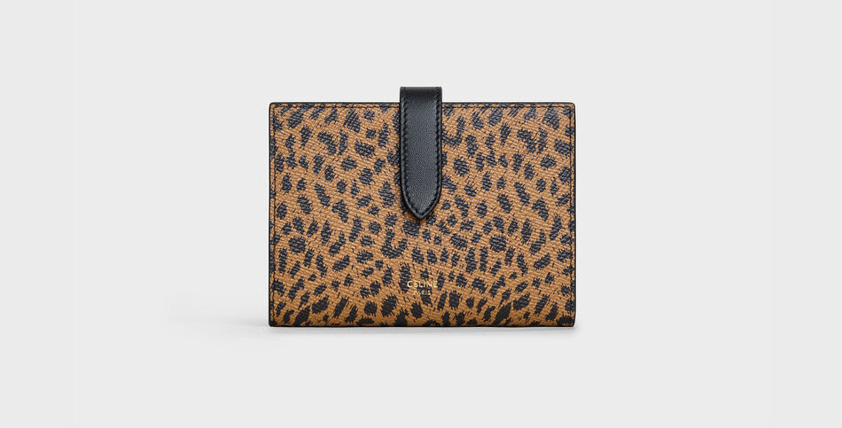 Céline medium wallet in leopard printed calfskin