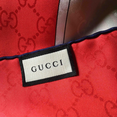 GUCCI FOULARDS $ SCARVES