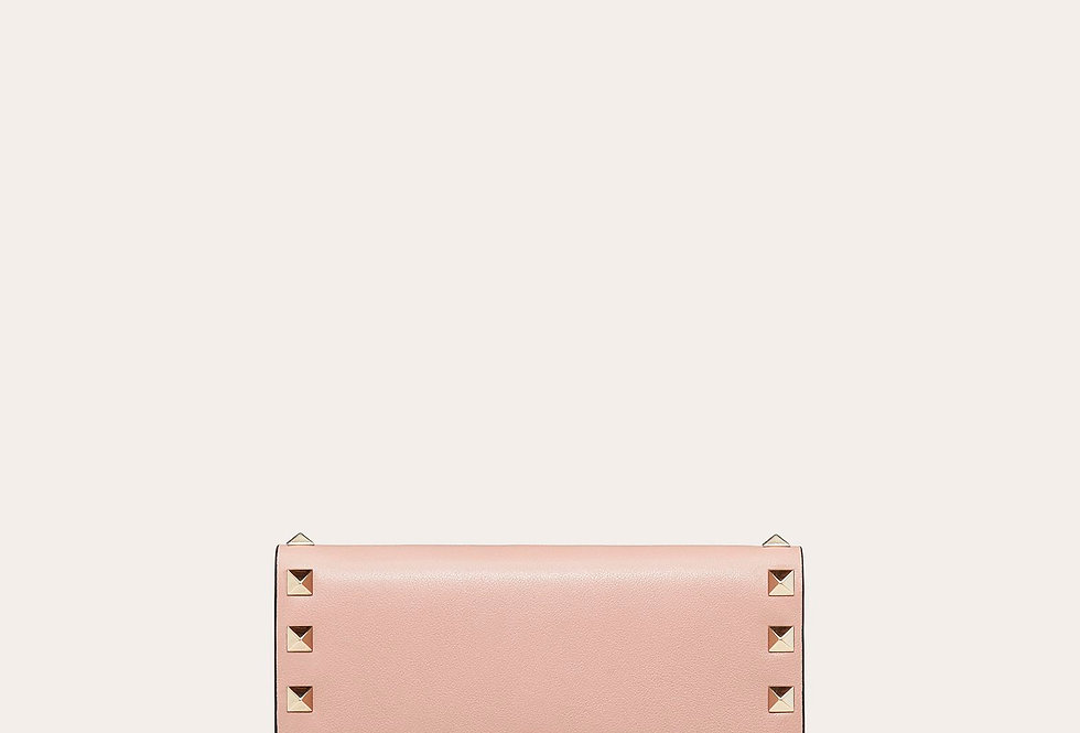 Valentino Rockstud Wallet in calfskin leather