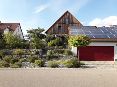 Hanggarten 10 Jahre nach Fertigstellung