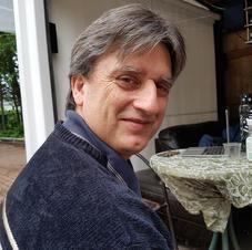 Réjean Roy, permaculture auto-fertile, tél 819 991-1066  courriel rejeanroy750@gmail.com