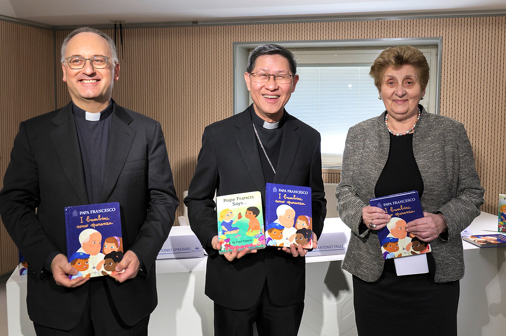 Cardinal Tagle, head of Propaganda Fide, launches Pope Francis' latest book with Fr. Antonio Spadaro, editor of Pope Francis' book, and Mariella Enoch, director of the children's hospital Bambino Gesu