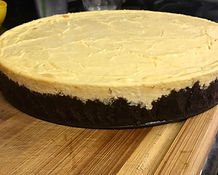 Cheesecake with chocolate crust (1).jpg