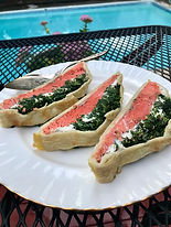 Salmon en croute sliced (2).jpeg