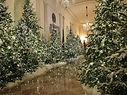 Trump Christmas White House.jpg