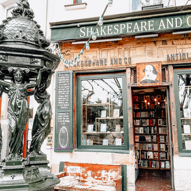 bookstore 2.jpg