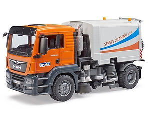 bruder truck.jpg