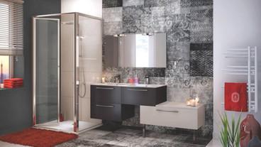 Salle de bain au rangement ouvert