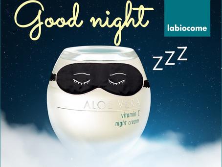 Sweet Dreams mit der Aloe Vera Vitamin C night cream😴!  Die reichhaltige Konsistenz der Creme eigne
