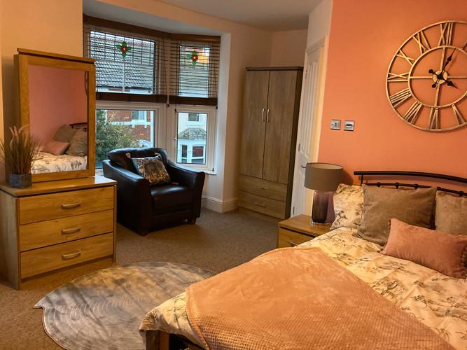 Large Double En-Suite Room