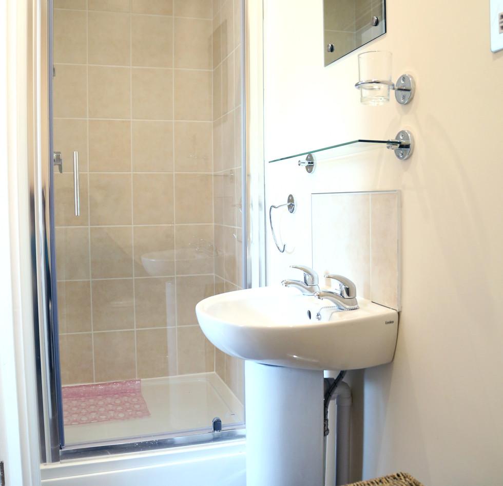 Room 3 En-Suite