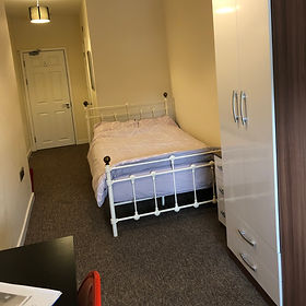 146 Cricklade Road Room 6 - .JPG