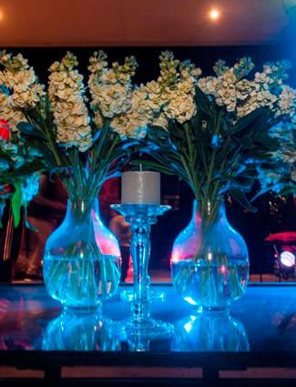 Cata Montt-Flores mesa 2 .jpg