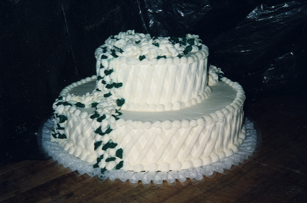 Copy (2) of Cake- 05- White Green Leaves- small