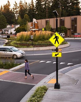 Crosswalk-RRFB-Beacon-Roundabout-Edmonds