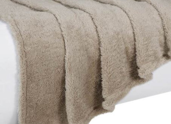 Plush Throw [Natural]